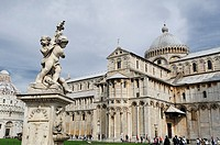 Detail of the Duomo in the Piazza dei Miracoli, Pisa, Italy