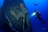 Anchor of shipwreck Northern Light and deep scuba diver, Key Largo, Florida, USA, Atlantic Ocean