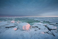 Ice floes along the Hudson Bay coast near the Seal River estuary north of Churchill, Manitoba, Canada