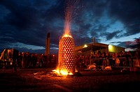 TOM BARNETT´´s ceramic fire sculpture ´Capsule´ at the International Ceramics Festival 2009, Aberystwyth Wales UK