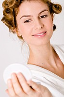 Woman mirror hairstyle