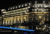 Singapore: the Fullerton Hotel