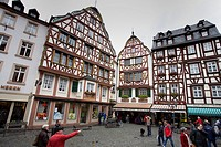 MAIN SQUARE IN BERNKASTEL-KUES. MOSEL VALLEY. GERMANY
