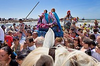 Mª Jacobé and Mª Salomé Blessing at sea Procession during annual gipsy pilgrimage at Les Saintes Maries de la Mer may,Camargue, Bouches du Rhone, Fran...