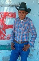 A Latino cowboy, Blyas, AZ