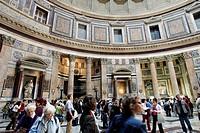 COLUMNS IN THE PANTHEON, PIAZZA DELLA ROTONDO, ROME, ITALY