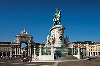 Portugal summer 2010,Lisboa City,Comercio Square,Jose I Monument.