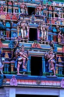 INDIA, MADRAS CHENNAI, KAPALEESHWARA TEMPLE HINDU, DETAIL OF GATE