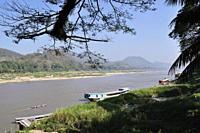 Mekong River, Luang Prabang, Laos, Indochina, Southeast Asia, Asia