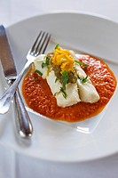 Cod with tomato sauce