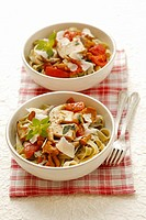 Tagliatelle with mushrooms and tomatoes
