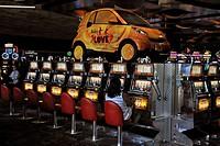 Slot machines in the 5-star Mirage Hotel, Las Vegas, Nevada, USA, North America