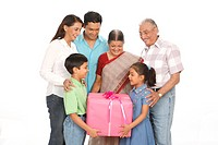 Parent children with grandparent holding gift box MR703N,703O,703P,703Q,703R,703S