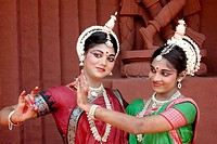 Women performing classical traditional Odissi dance MR736C,736D
