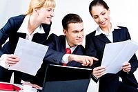 Portrait of confident partners discussing business_plan