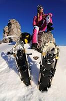 Snowshoe runner, woman, Kampenwand, Chiemgau, Bavaria, Germany, Europe