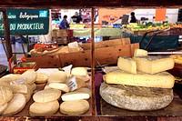 Inside market of Forville in Cannes, Alpes-Maritimes, Cote d´Azur, Provence-Alpes-Côte d´Azur, France