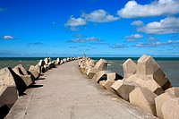 France, Pas de Calais, Grand_Fort Philippe, embankment