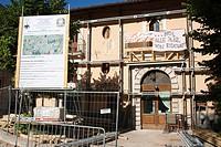 edificio danneggiato, terremoto, 6 aprile 2009, l´aquila, abruzzo, italia, europa
