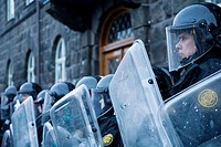 Downtown Reykjavík, Iceland: Protests continued on wednesday 21/01/2009, Police protects Parliament building  Demonstrators are demanding that the gov...