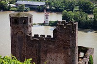 Europe, Germany, Hesse, Upper Middle Rhine Valley, Bingen, View of Ehrenfels Castle near Mouse Tower on the Rhine