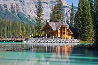 Picturesque log cabin, Emerald Lake, Yoho NP, British Columbia, Canada