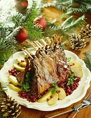 Loin of venison with apples and cranberries