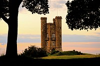 Der Beacon Tower, Broadway Worcestershire England , Historic Broadway Tower Worcestershire England UK United Kingdom GB
