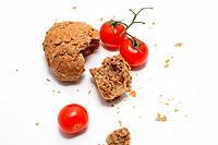 Tomato and bread