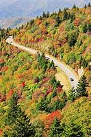 Road curving through mountain landscape in autumn, Blue Ridge Parkway National Park, North Carolina