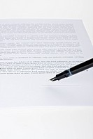 fountain pen ready to sign a contract