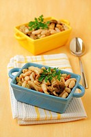 White beans with wild mushrooms