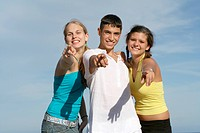 teens pointing
