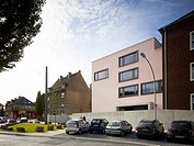 Liselotte Rauner Schule, Leon Wohlhage Wernik Architects, Bochum, Germany, 2011, Grand exterior elevation, LEON WOHLHAGE WERNIK ARCHITECTS, GERMANY, A...
