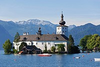 Austria, Gmunden,View of Ort castle and Traunsee Lake