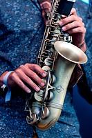Golden Kanine in der Kulturarena Jena Gesang Gitarre:Ande Gesang Gitarre:Linus Gesang, Bass Weinglas:Dante Schlagzeug Perkussion:Micke Perkussion, Pos...
