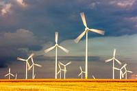 Wind turbines, wind power plant, wind farm, at Meerhof, North Rhine-Westphalia, Germany, Europe