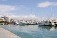 Bucht von Palma mit Yachten auf Mallorca, Spanien, Europa. , Bay of Palma with yachts on Majorca, Spain, Europe.