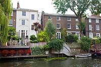 Homes along Regent Canal Bewteen Camden Town and Regents Park - London UK