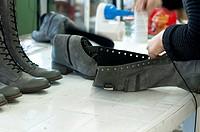 Handmade manufacture of footwear