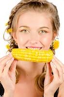 woman eating corn_cob