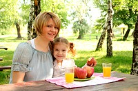 mother and daughter breakfast