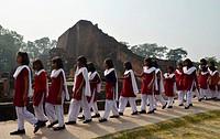 Indian pupils visiting an archaeological site and an important Buddhist pilgrimage destination, ruins of the ancient University of Nalanda, Ragir, Bih...