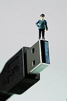 Small figurine on USB3