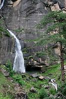 Jogini waterfall ; Nehru kund ; Manali ; Himachal Pradesh ; India