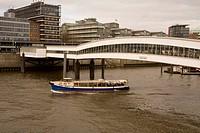 Passenger boat in the shipping Harbour Bridge ; Hamburg ; Germany ; Europe