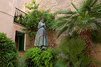 Balearic Islands, Majorca, Mallorca, Spain, Europe, outside, statue, statues, sculpture, figure, figures, history, historical, culture, cultures, cult...