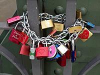 Love locks, Eiserner Steg bridge