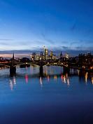 Germany, Hesse, Frankfurt am Main, financial district, Ignatz-Bubis-Bridge, skyline in the evening