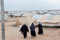 Al Za´atari, Al Mafraq region, Jordan, Middle-East. Every single day new people and families arrive in the UNHCR refugee camp Al Za´atari. The camp´s ...